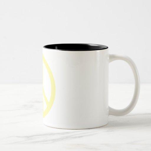Paz amarilla taza dos tonos