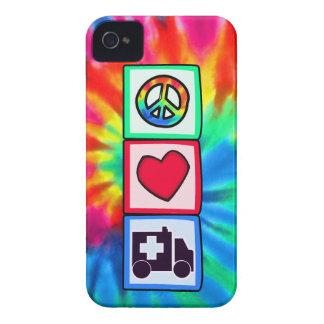 Paz, amor, ambulancia iPhone 4 cárcasa