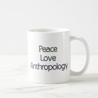 Paz, amor, antropología taza básica blanca