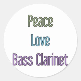Paz, amor, clarinete bajo pegatina redonda