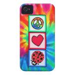 Paz, amor, mariquitas Case-Mate iPhone 4 fundas