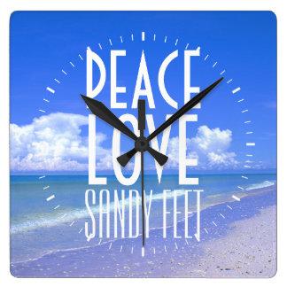 Paz, amor, pies de Sandy Reloj Cuadrado