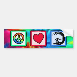 Paz amor practicando surf etiqueta de parachoque