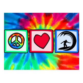 Paz, amor, practicando surf tarjeta postal