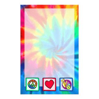 Paz, amor, rodando papelería