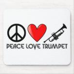 Paz, amor, trompeta tapetes de ratón
