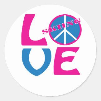 Paz amor y camisetas y regalos del esquí etiquetas
