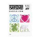 Paz, amor y franqueo irlandés de la suerte (pequeñ
