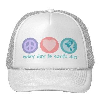 Paz, amor y gorra de la tierra (Día de la Tierra)