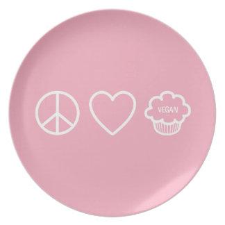 Paz, amor y placa de las magdalenas del vegano platos para fiestas