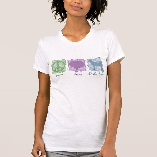 Paz, amor, y Shiba en colores pastel Inus Camisetas