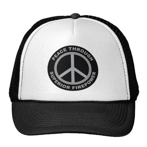 Paz con potencia de fuego superior gorra