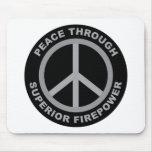 Paz con potencia de fuego superior alfombrilla de raton