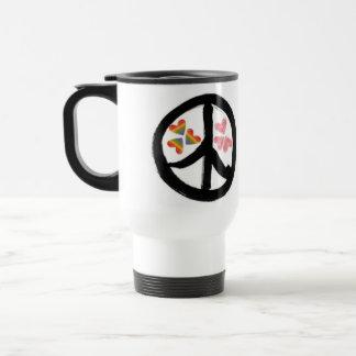 Paz de la taza de los corazones