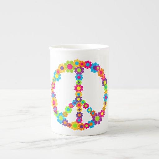 Paz del flower power del estallido taza de porcelana