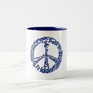 Paz del Hippie en todas las idiomas Taza Dos Tonos