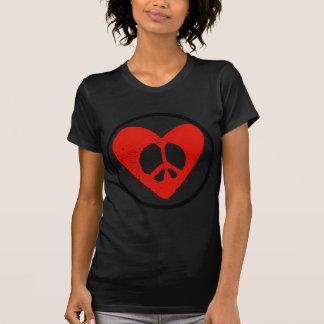 Paz en corazón camisetas