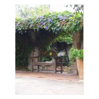 Paz en el jardín tarjeta postal