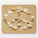 Paz en el signo de la paz Mousepad del Seashell de Alfombrillas De Raton