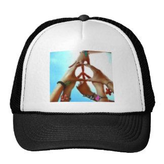 paz gorros bordados