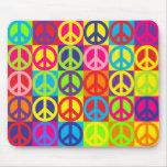 Paz multicolora alfombrilla de ratones