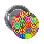 Paz multicolora pin