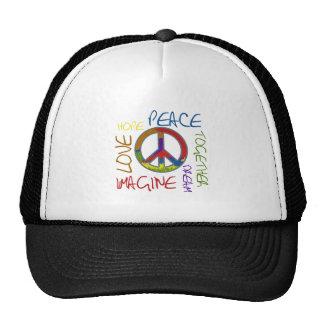 Paz retra gorros