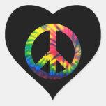 Paz teñida lazo pegatina en forma de corazón