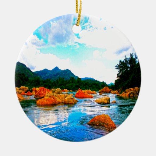 paz y alegría del agua de la montaña adorno redondo de cerámica
