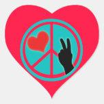 Paz y amor del signo de la paz pegatina en forma de corazón