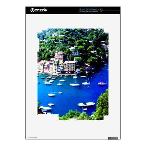 paz y calma de la montaña de los barcos de Italia Calcomanías Para iPad 2