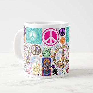 Paz y collage de Paisley Taza Extra Grande