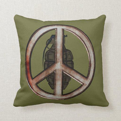 Paz y guerra cojines