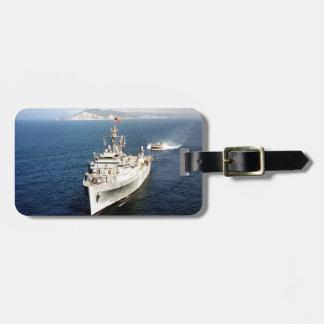 paz y héroes de los buques de guerra etiqueta para maleta
