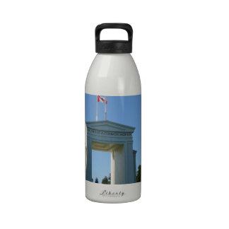 Peace Arch - Washington-BC Border Drinking Bottle