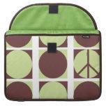 Peace Dots Green/Brown MacBook Pro Sleeve