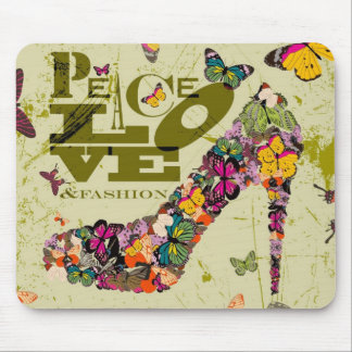 Peace Love and Fashion Graphic Art. Mouse Pad