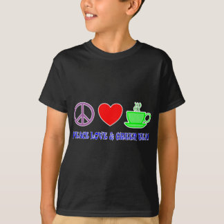 PEACE LOVE AND GREEN TEA TEXT AND IMAGE BRIGHTS T-Shirt