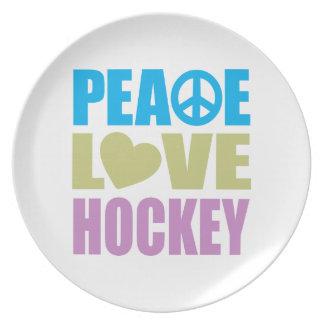 Peace Love Hockey Plate