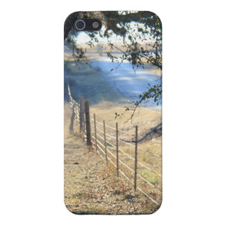 Peaceful road in the Texas Hill Country iPhone 5/5S Cover