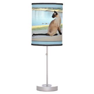 Peaceful Siamese Cat Painting Desk Lamp