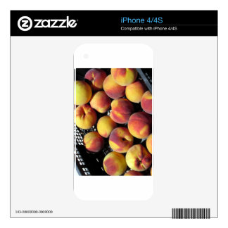 Peaches in box skins for the iPhone 4