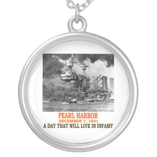 PEARL HARBOR ROUND PENDANT NECKLACE