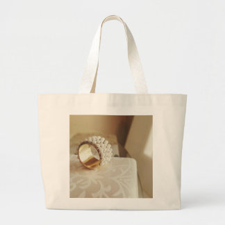 Pearl Ring Large Tote Bag