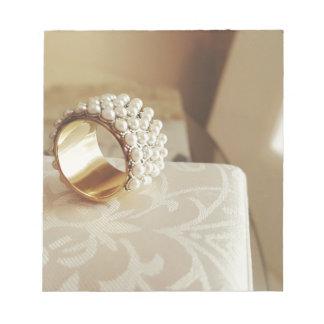 Pearl Ring Notepad