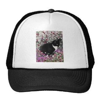 Pecas en flores II - gato blanco y negro de Tux Gorras