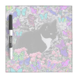Pecas en mariposas III, gato del gatito de Tux Pizarras Blancas De Calidad
