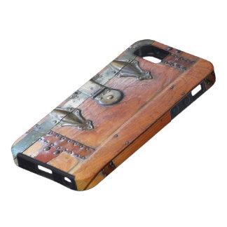 Pecho de madera del tronco con los cierres iPhone 5 Case-Mate cárcasa