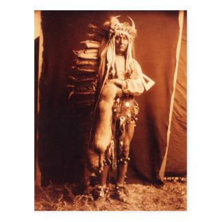 Pecho del hierro, indio del nativo americano de tarjetas postales