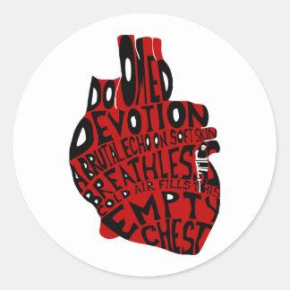 pecho vacío: corazón anatómico pegatina redonda